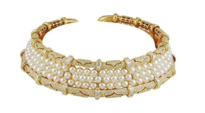 Bulgari Diamond and Pearl Choker Necklace 18k Yellow Gold