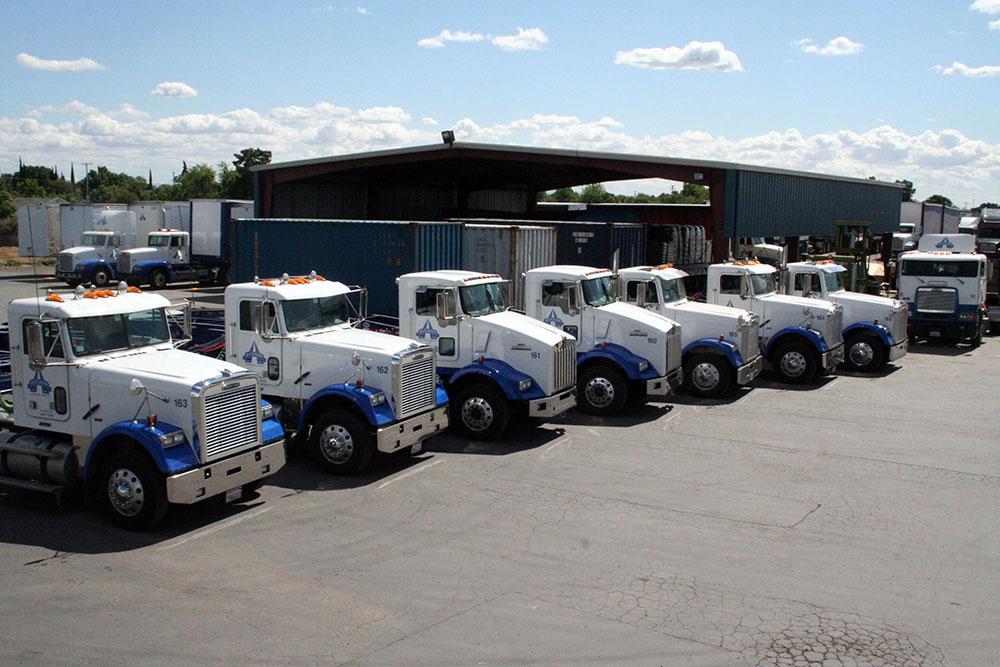 Trucks 031a