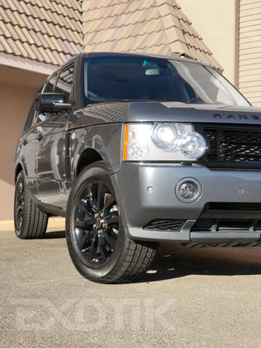 Range Rover Wrapped In Avery Dennison Gloss Metallic Grey