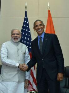 Modi Obama-Laos-cropped