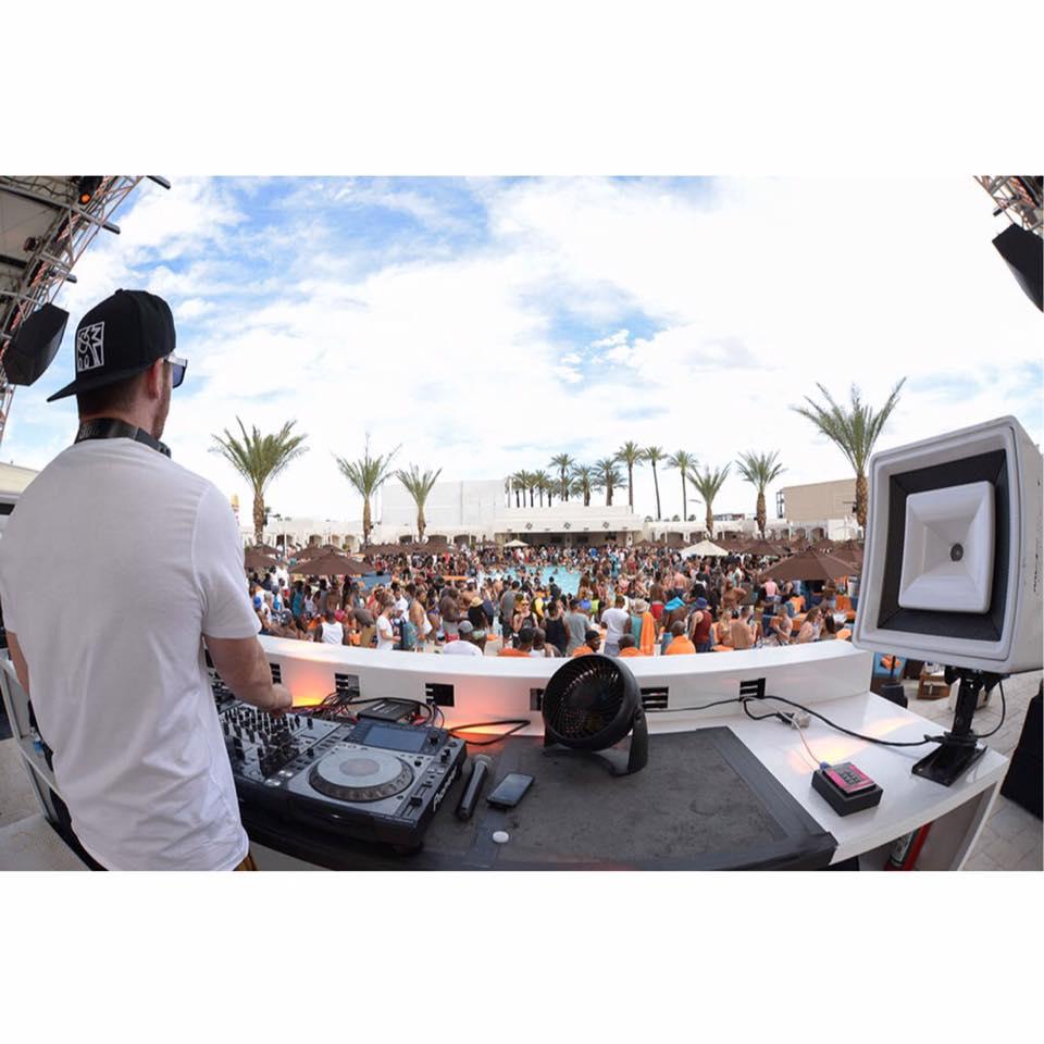 DJ Scene Daylight Beach Club Las Vegas