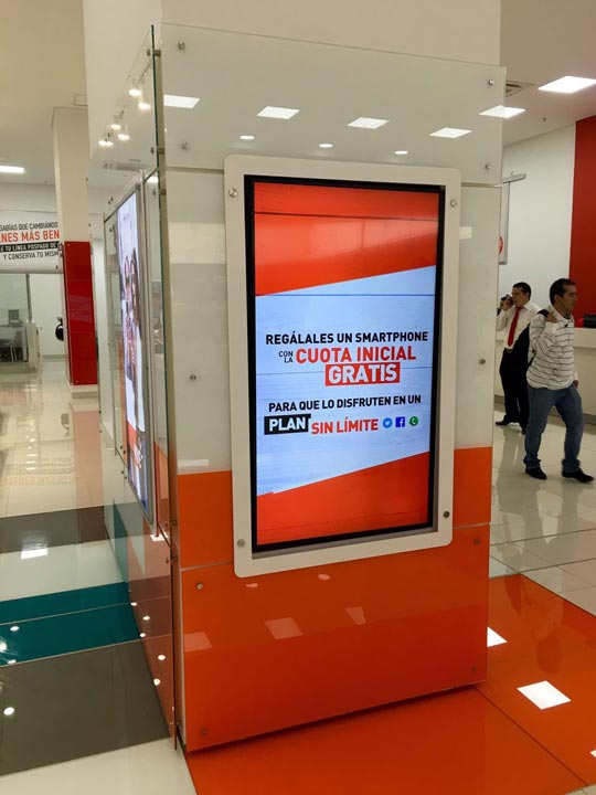 Retail Digital Displays