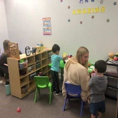 ABA clinic services-RBT working with children