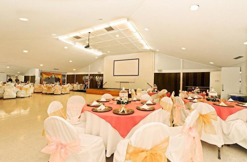 Inside Clubhouse (compressed)
