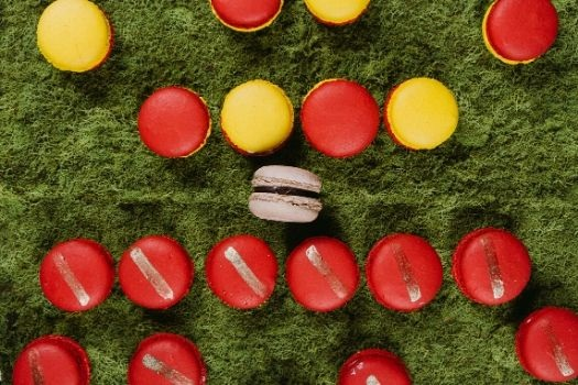 Super Bowl Macarons