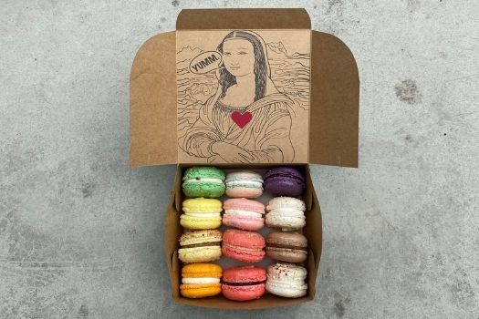 Box of Love - a dozen French Macarons