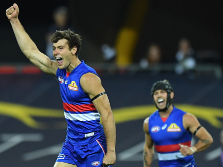 Does interchange limit favour Dogs deep midfield?