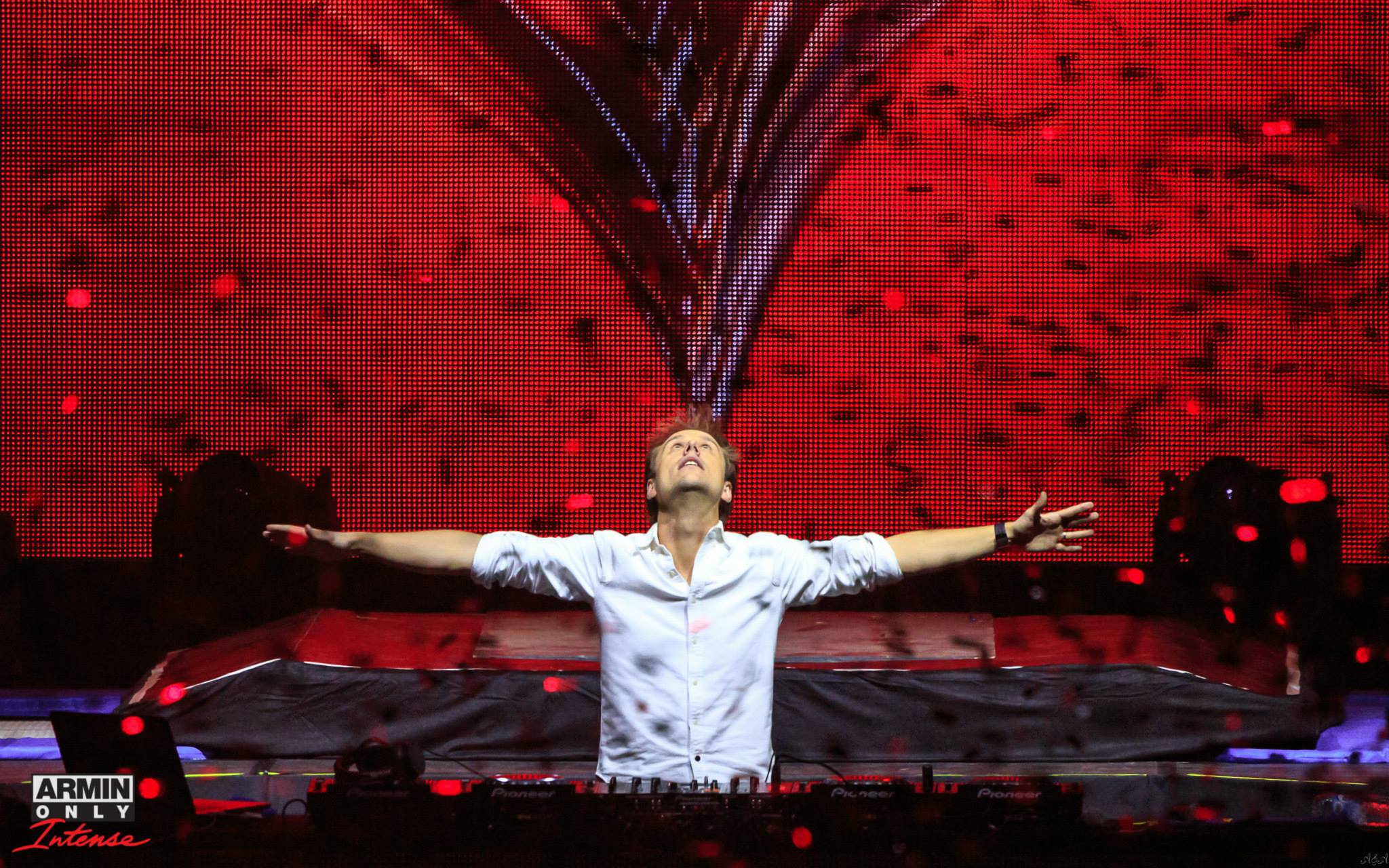 Armin van Buuren Returns To Southern California With Armin Only: Intense