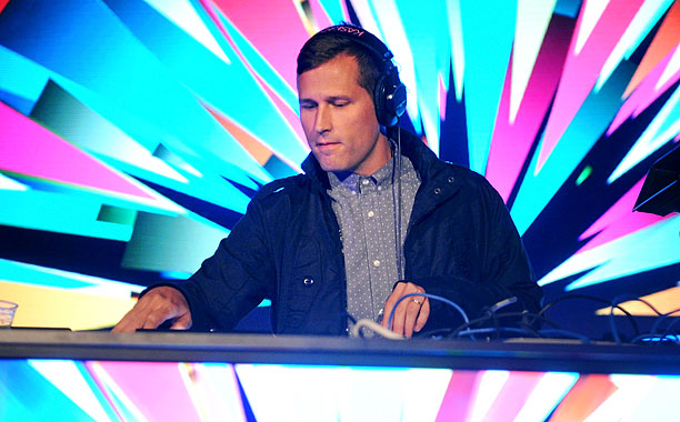 Kaskade Releases New Single Off #Redux EP