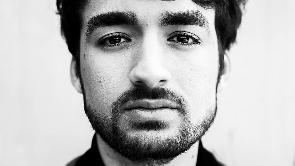 OLIVER HELDENS AT EXCHANGE 12/28