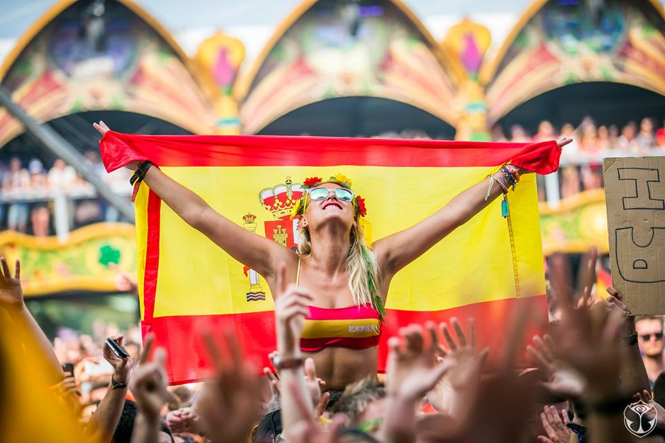 Why Good Vibes Are Important This Festival Season