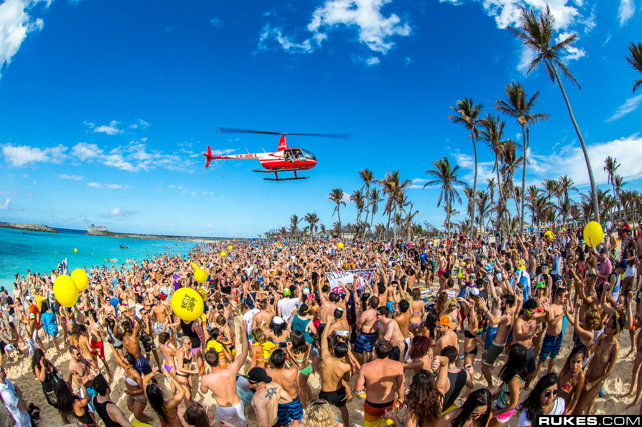 7 must-pack items for your first festival cruise
