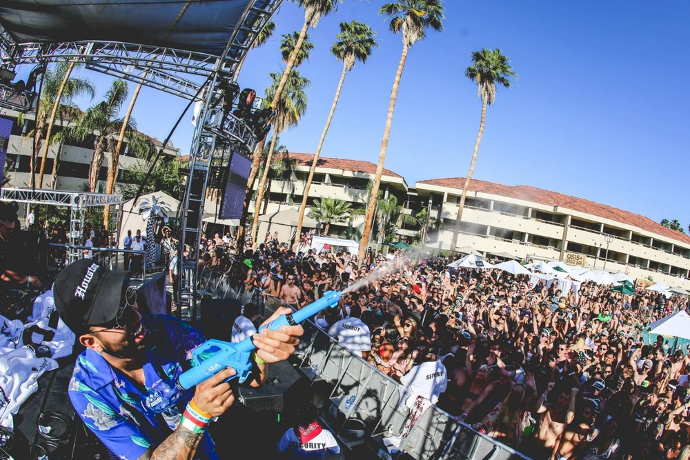 Hilton Palm Springs Hotel To Host Another Year Of DayClub Palm Springs Pool Parties