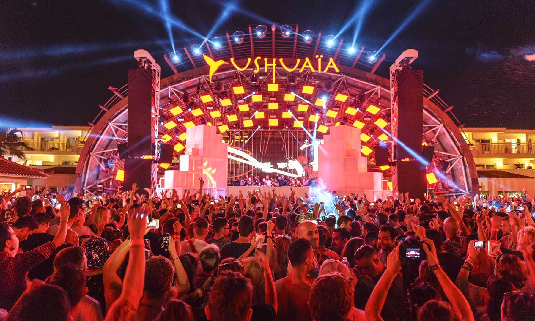 3 Reasons Why Ushuaïa Ibiza Needs Be On Your Bucket List