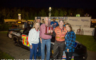 Weinfurter, Knoblock win twin CWRA features; Swan avoids trouble in Midwest Trucks