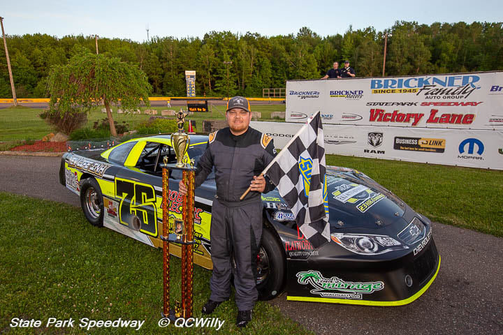 Volm, Beale claim twin 35-lap CWRA features