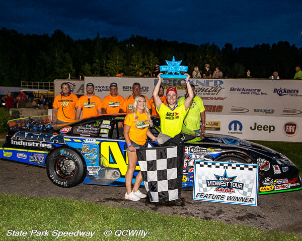 Red-hot Mondeik claims first Detjens, ARCA Midwest Tour win