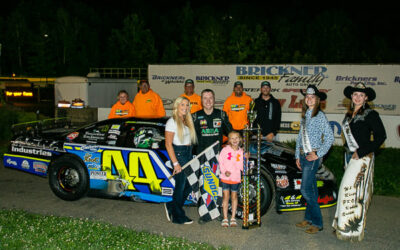 Mondeik's roll continues with fourth feature win of season at SPS
