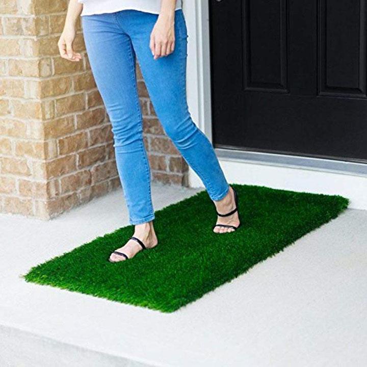 chetanya artificial grass