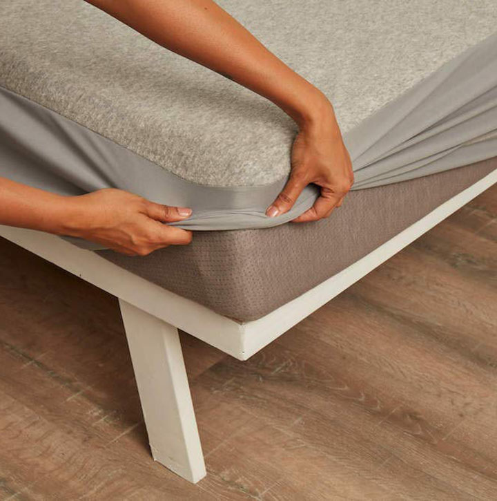 wakefit waterproof mattress protector