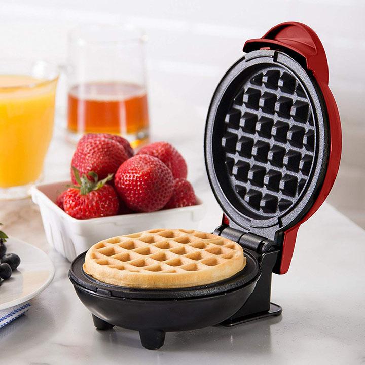 primalite waffle maker