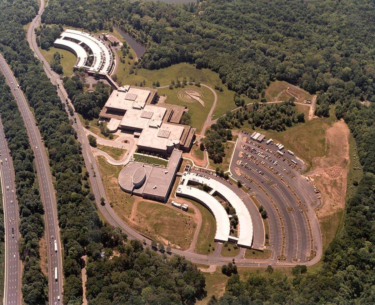 ATT-NOC-Facility_cropped