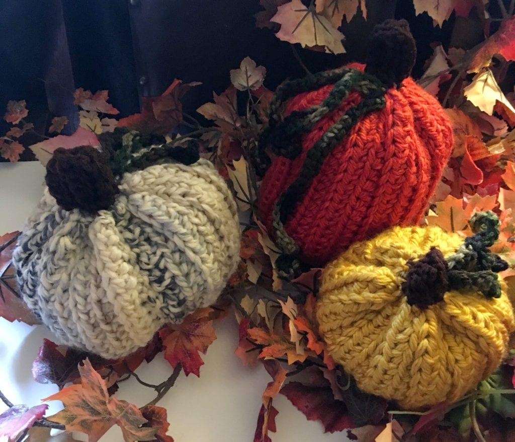 crochet pumpkins and gourds home decor