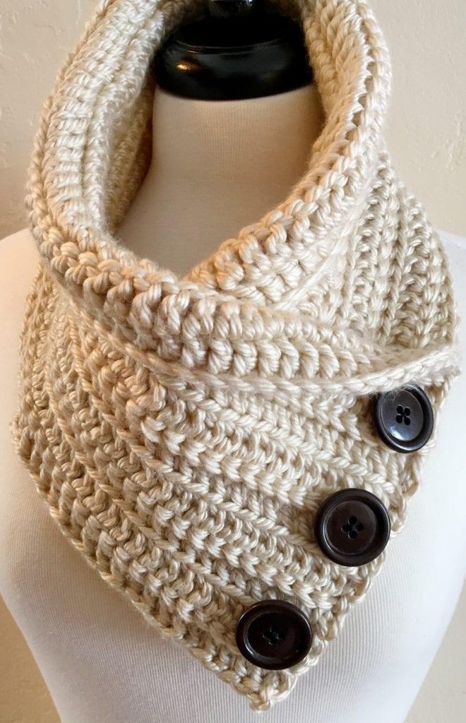 Los Angeles Tan Crochet Chunky Neck Warmer