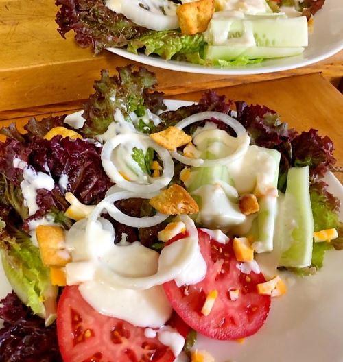 Fresh Salad With Creamy Salad Dressing