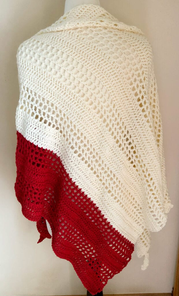 Simple Styled Shawl in Red and White