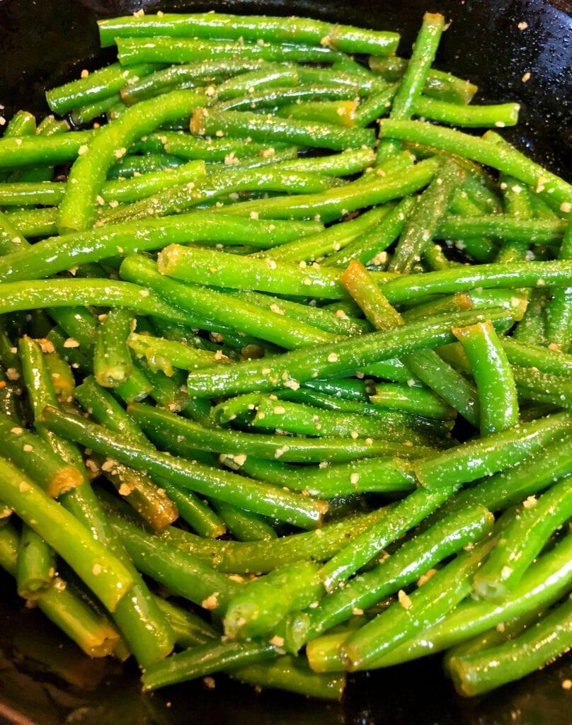 Garlic Skillet Green Beans