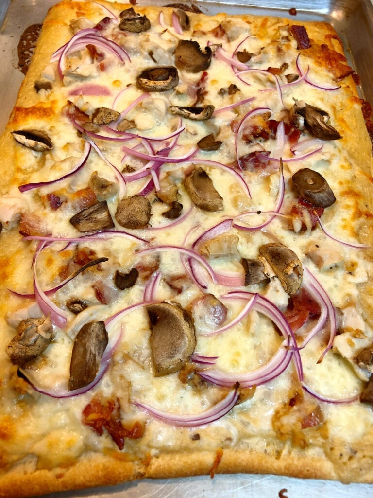 Baked Sheet Pan Chicken Alfredo Pizza