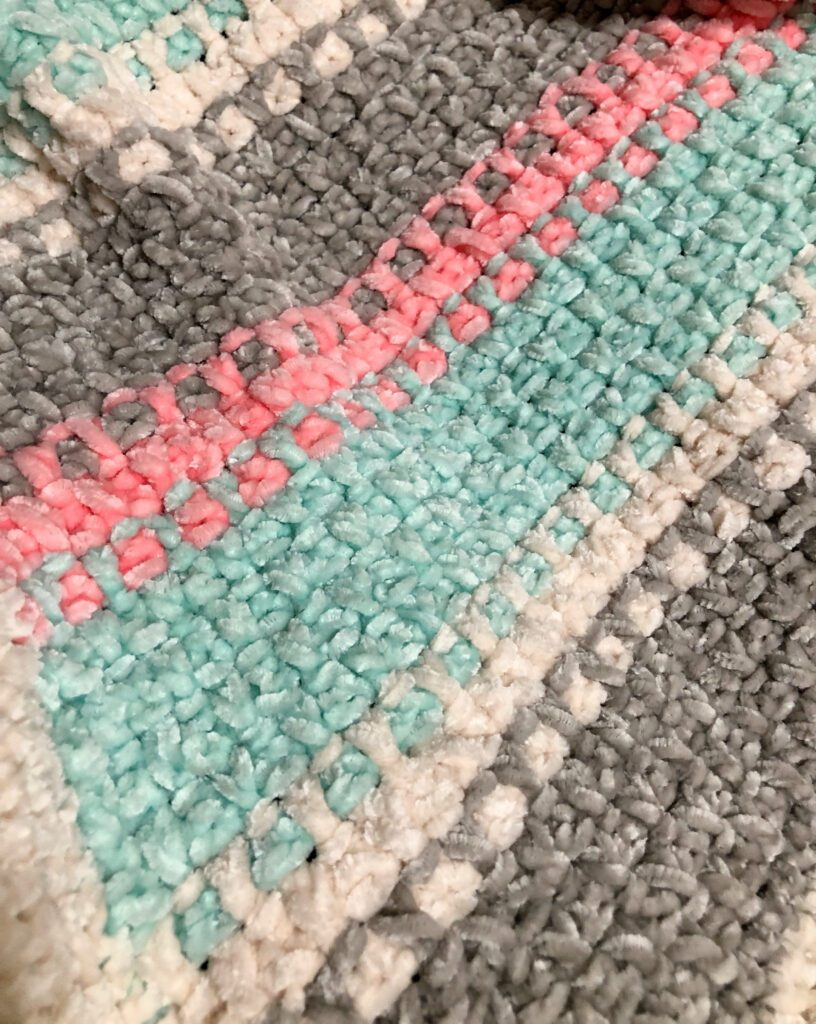 Easy Two Row Repeat Crochet Pattern