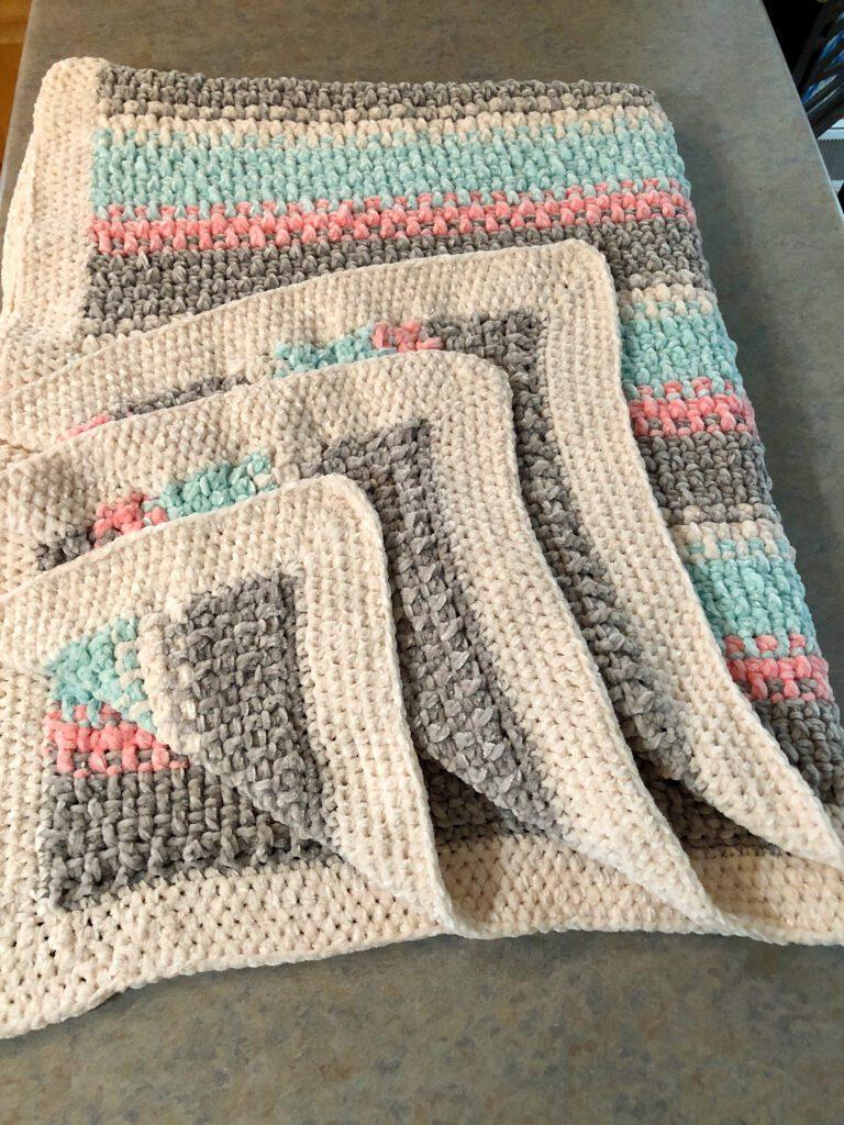 Velvet Yarn Blanket Crochet Border