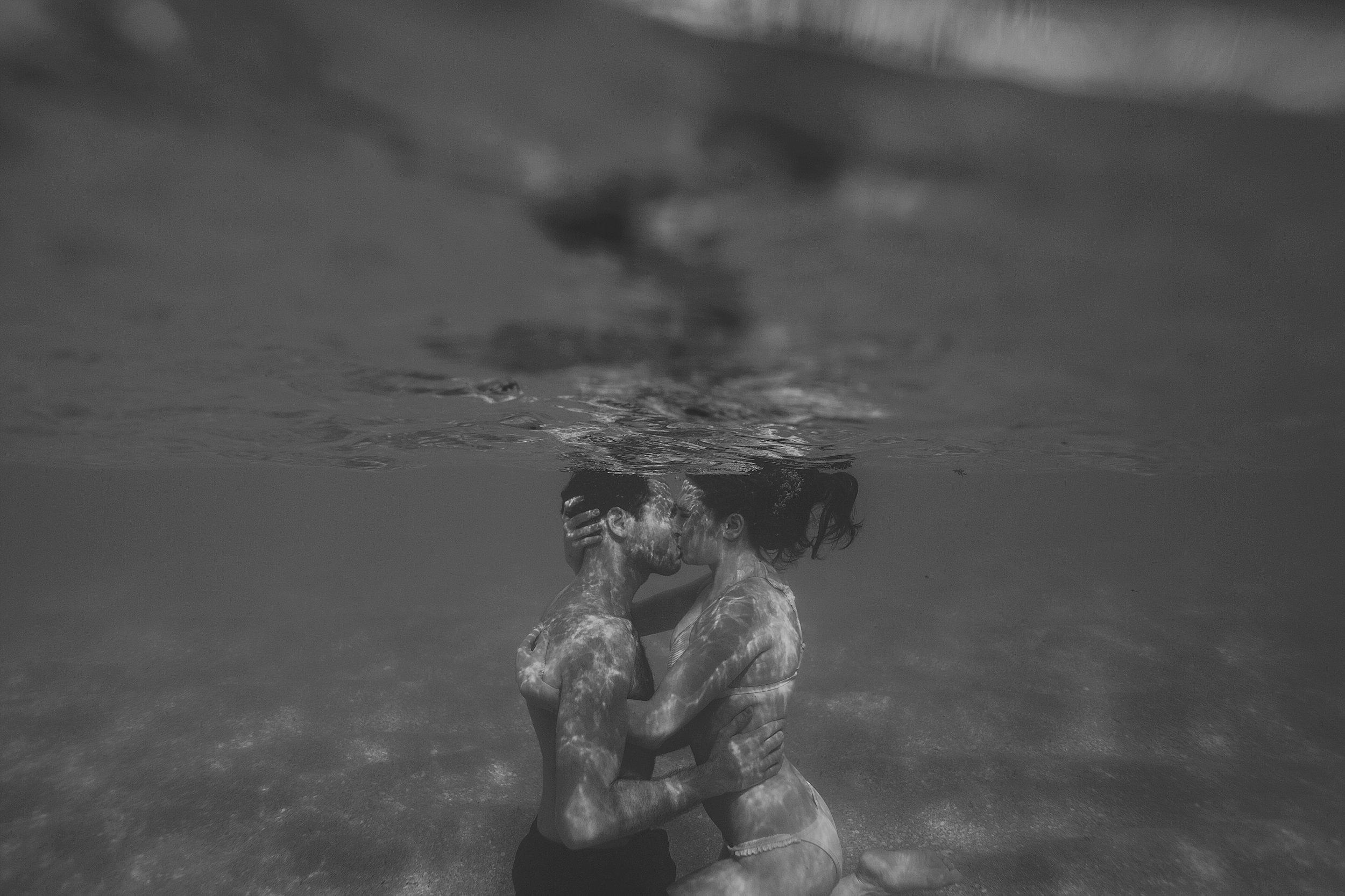 underwater engagement photographer