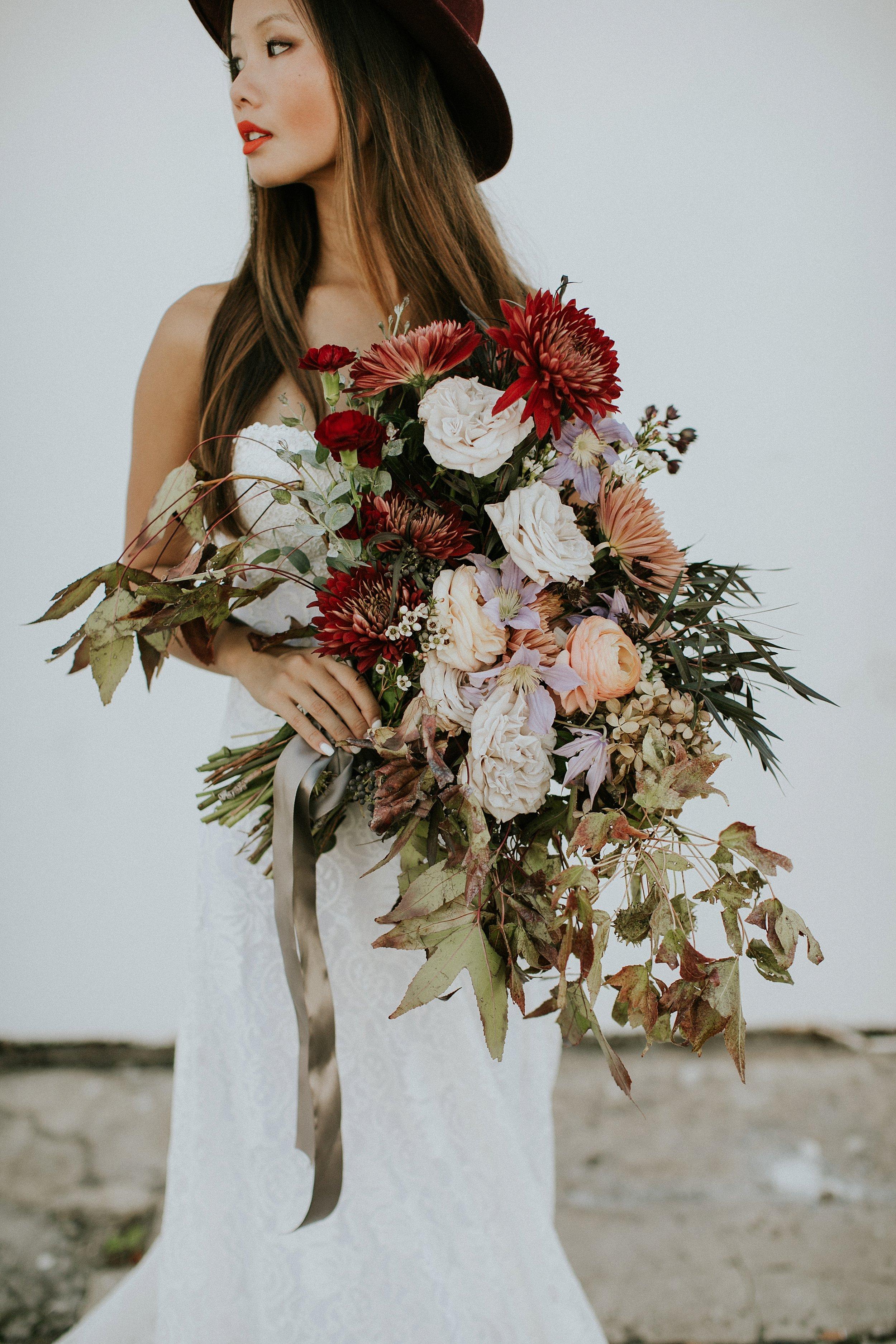 earth tones bridal bouquet