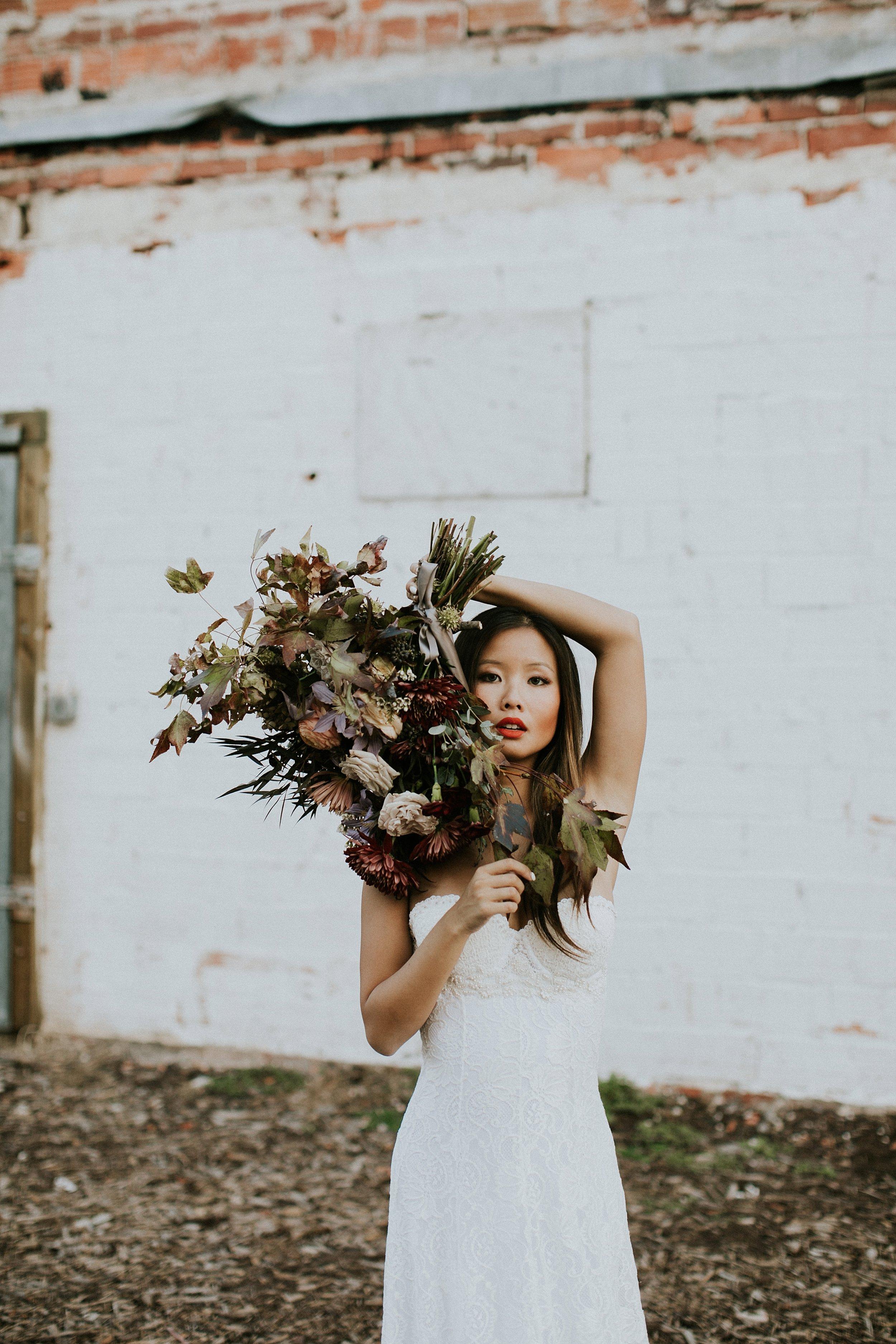 unstructured bridal bouquet