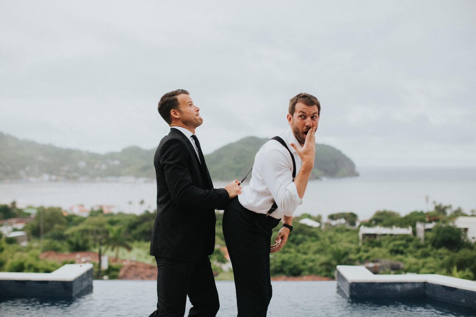 funny groomsmen portraits