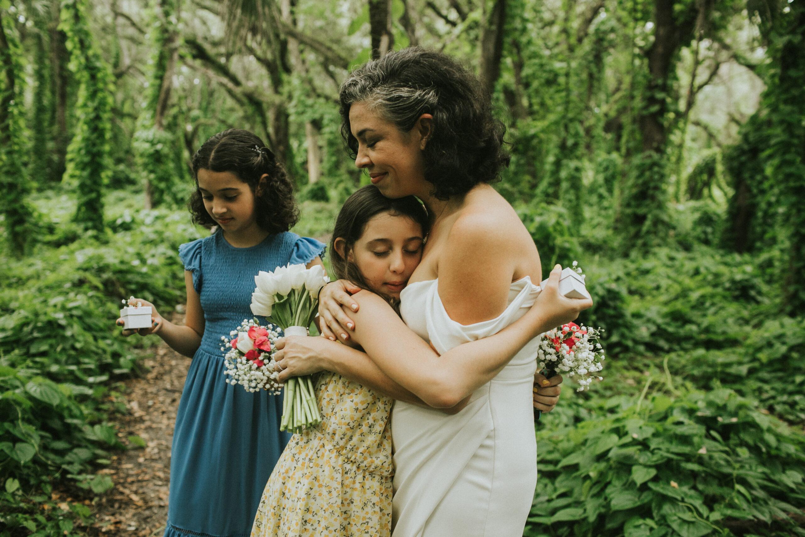 emotional elopement photographe