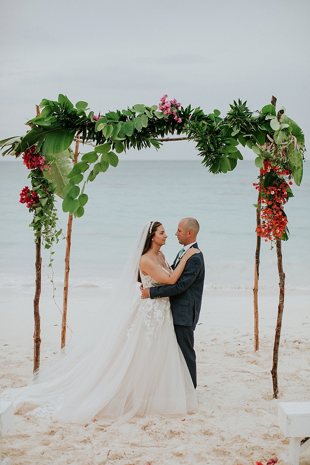 intimate eleuthera bahamas wedding