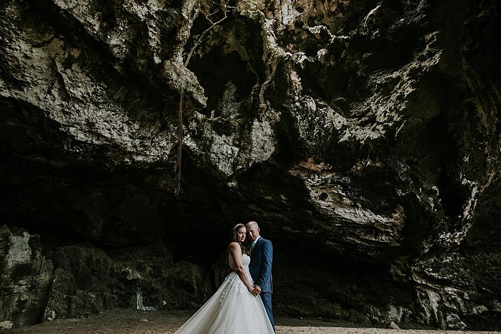 adventurous bride and groom in the bahamas