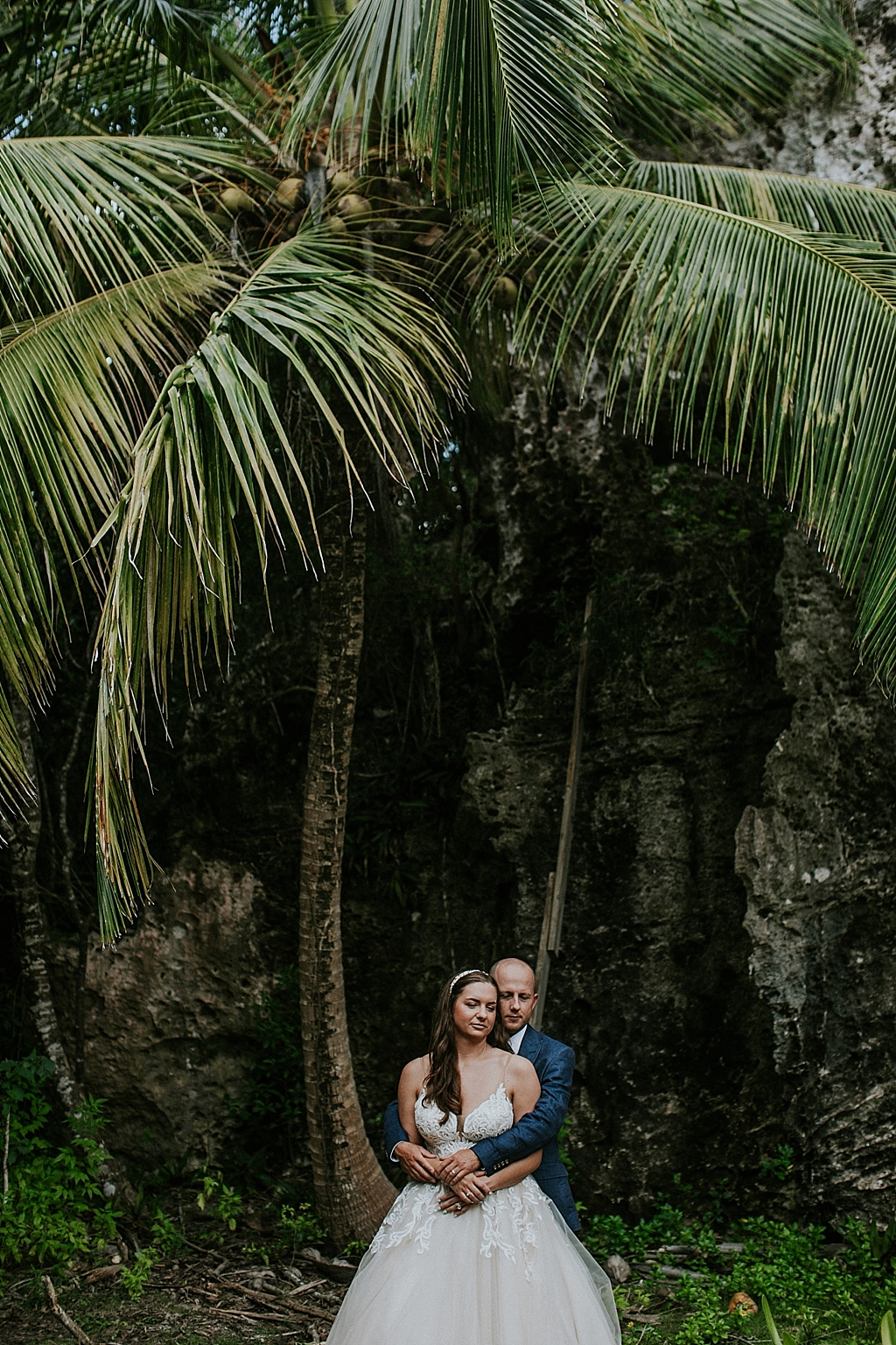 tropical wedding portraits in the bahamas