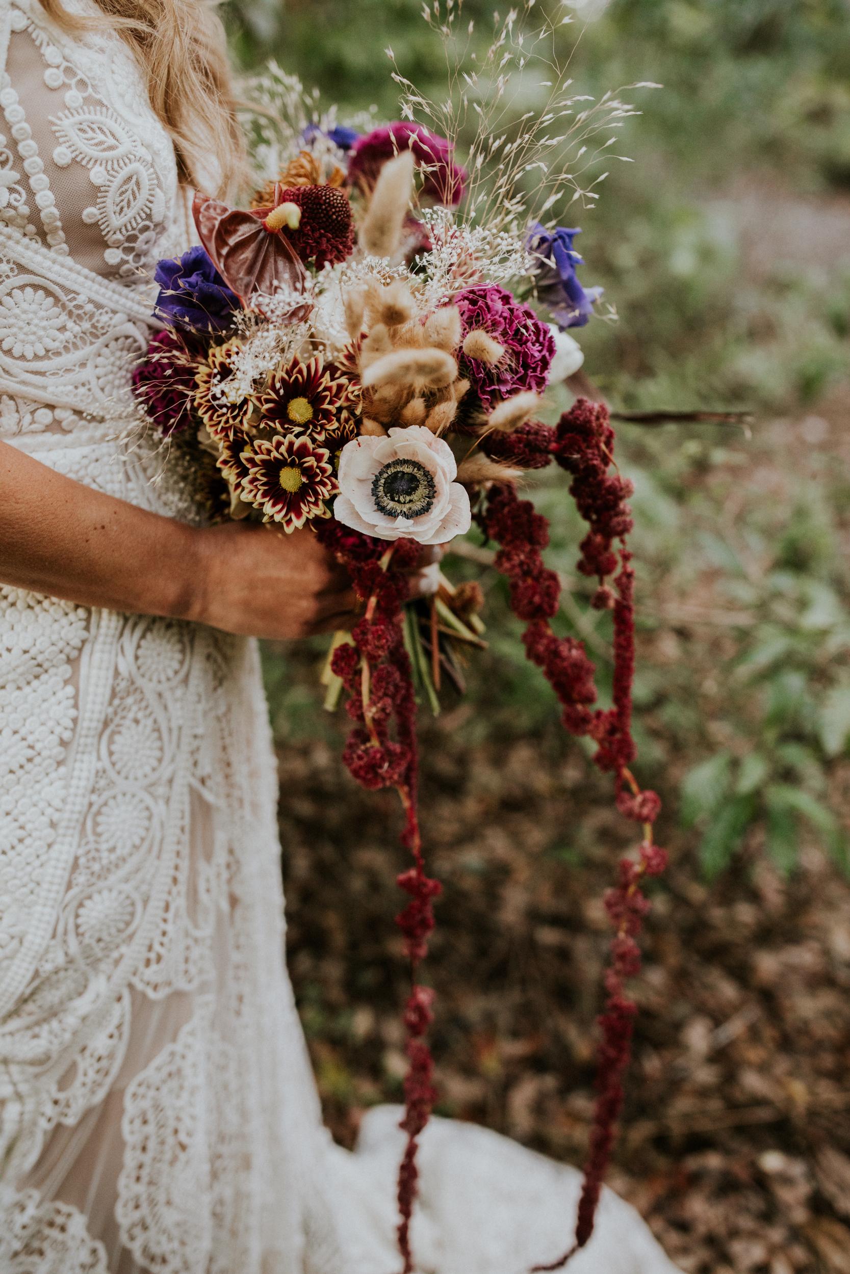 elopement florals inspo