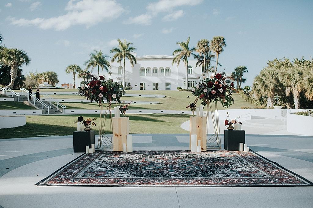 modern mansion wedding