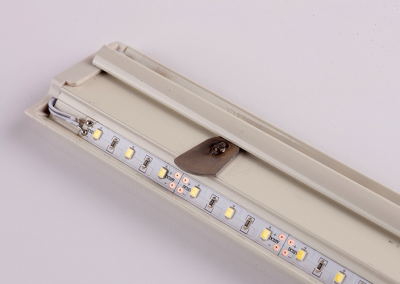 detail photo of j channel LED lighting for retail and grocery