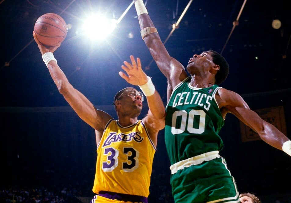 21_0208820N-Celtics-v-Lakers