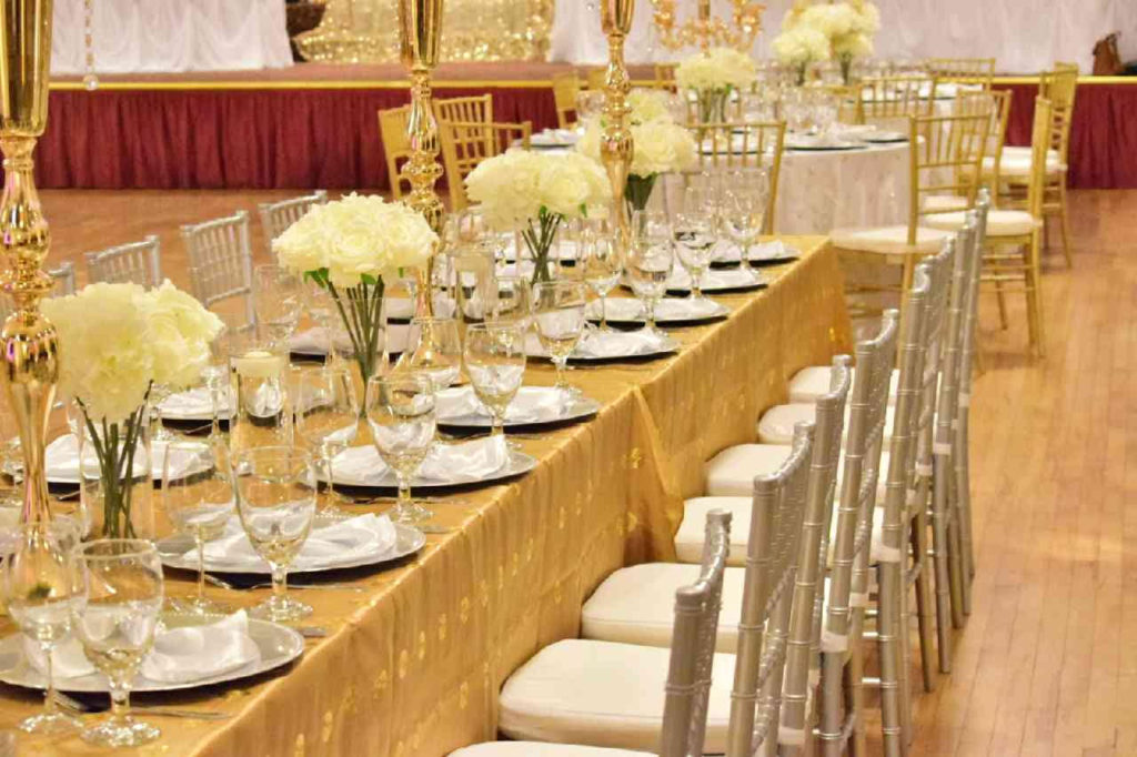 Valley Dale Ballroom. Seated Dinner. Gold and Ivory Theme.