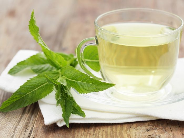 Kratom Tea Effects: Is Kratom Tea Good for You?