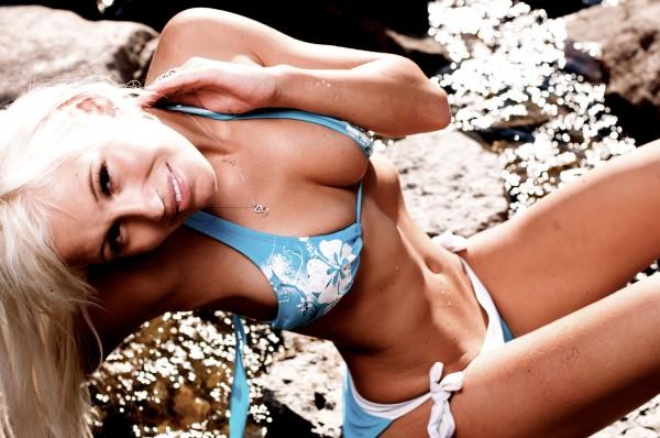 Image Showing Theresa Longo - International Model