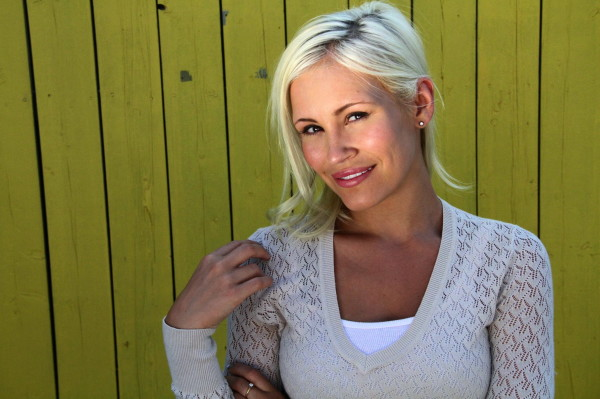 Image_ShowingCanadian_Actress_Theresa_Longo